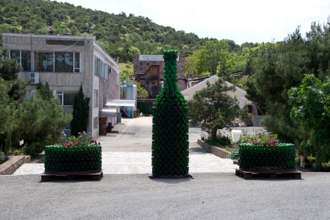 Звод шампанских вин в Новом Свете - Майские праздники в Судаке