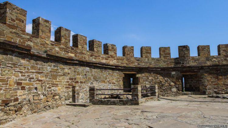 Барбакан Судакской крепости - Майские праздники в Крыму  (для групп от 6 чел)