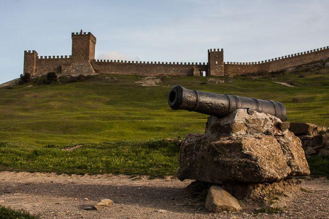 Судакская крепость - Майские праздники в Крыму  (для групп от 6 чел)
