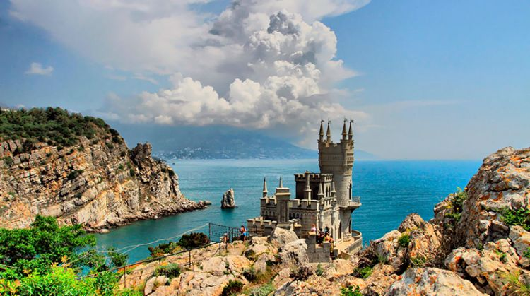 Замок Ласточкино гнездо - Ялта: Царские имения